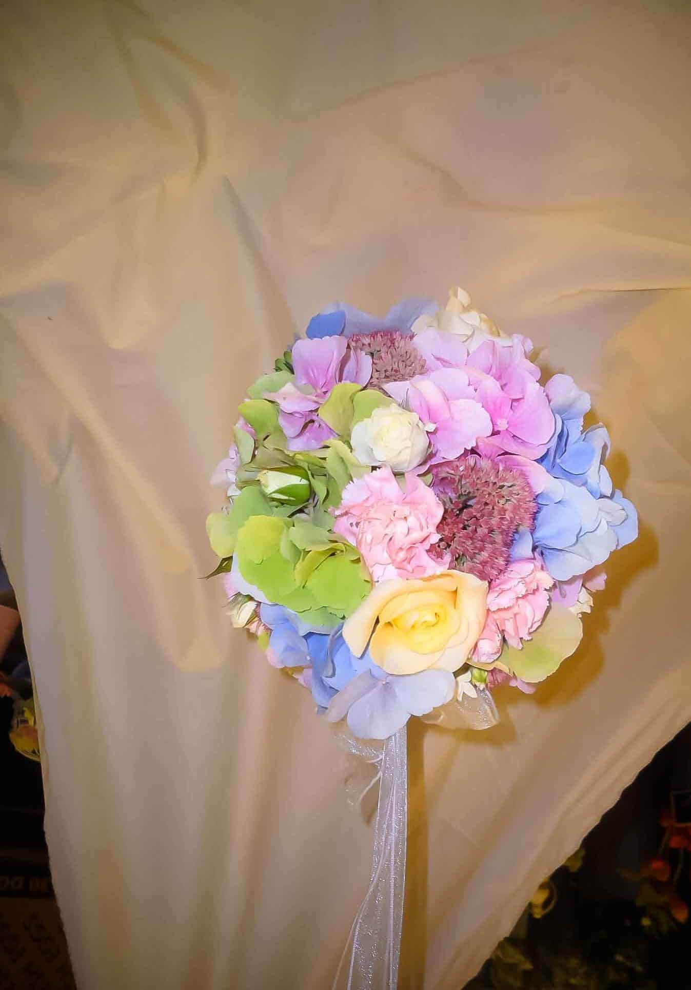 Rosebuds_flowers_Torquay_wedding_4