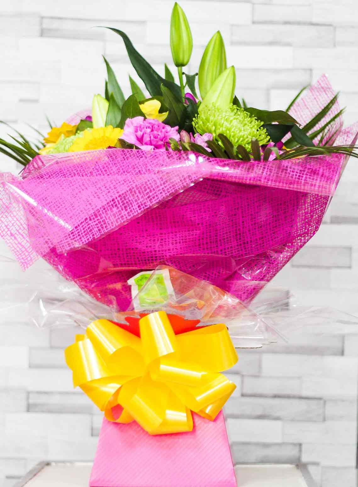Rosebuds_flowers_bouquet_