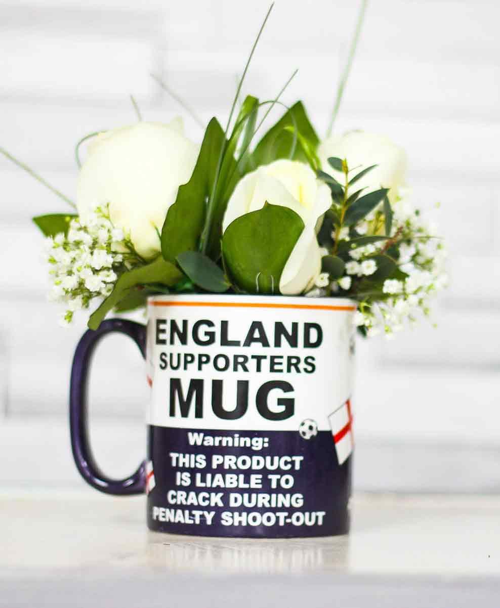 Rosebuds_flowers_england_mug