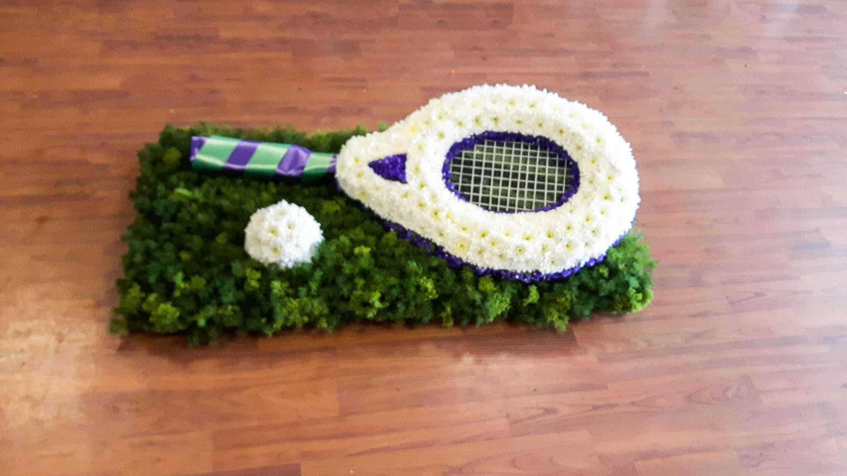 Rosebuds_flowers_sympathy_tennis