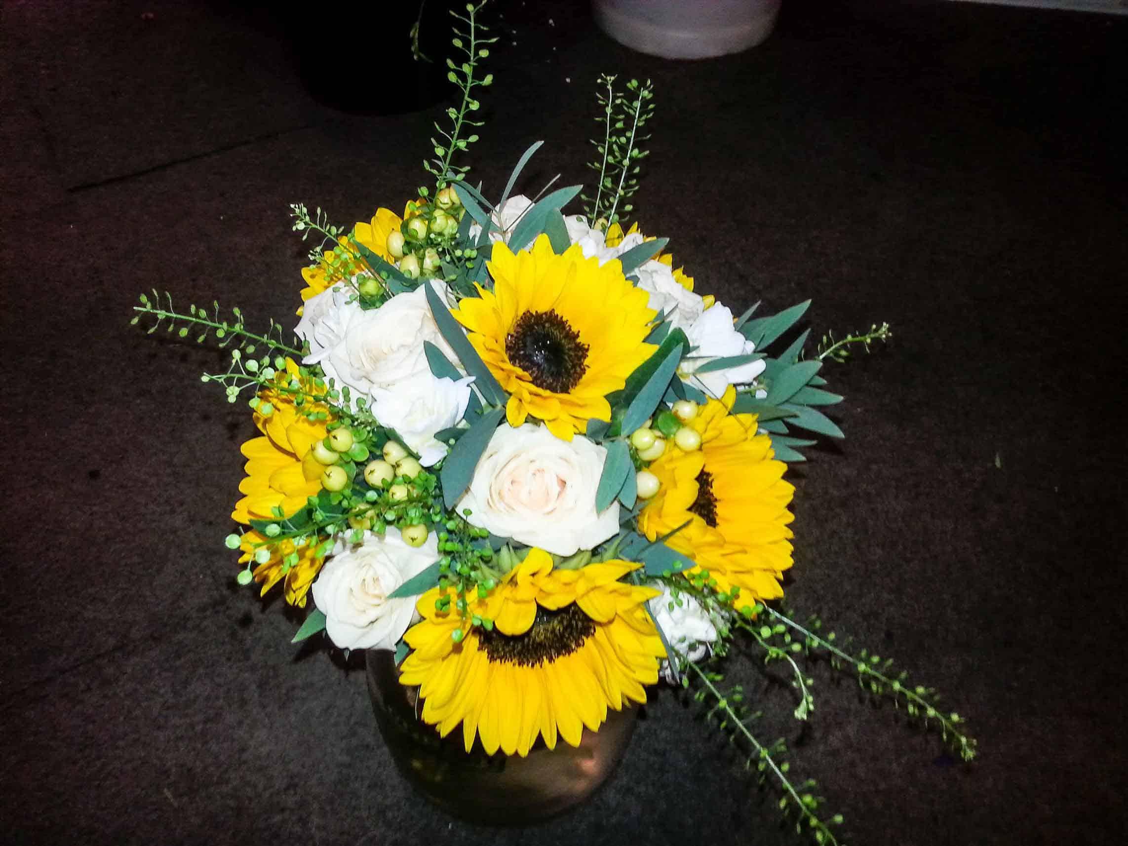 Rosebuds_flowers_torquay_8
