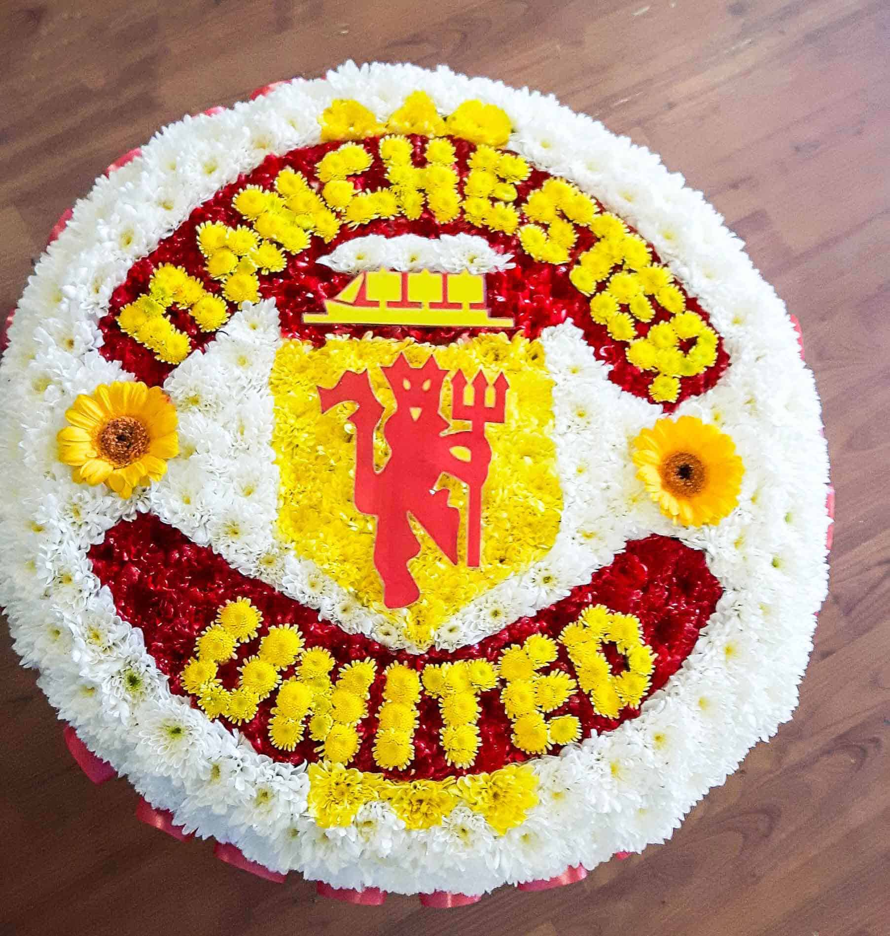 Rosebuds_flowers_torquay_manchester_united