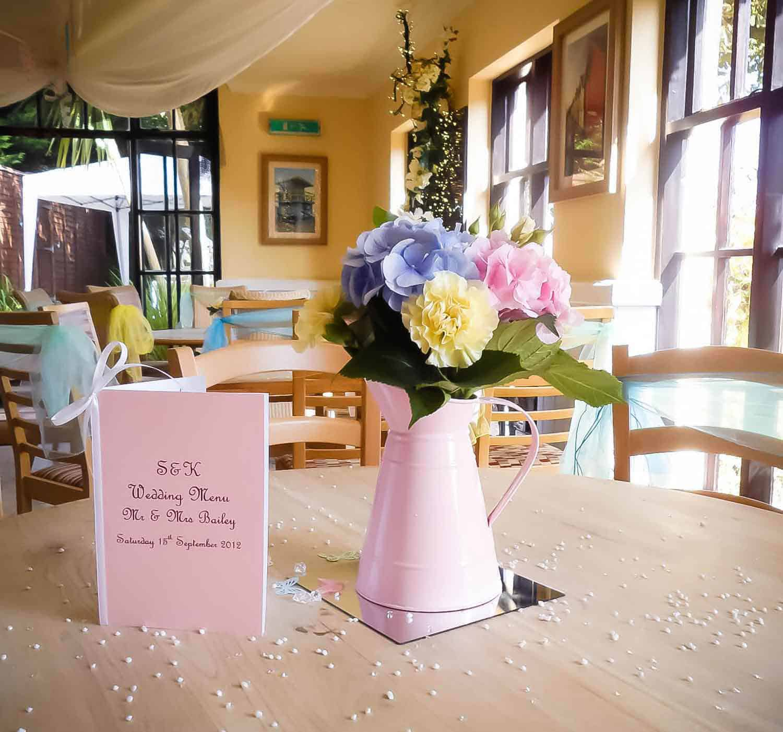 Rosebuds_flowers_torquay_table_7