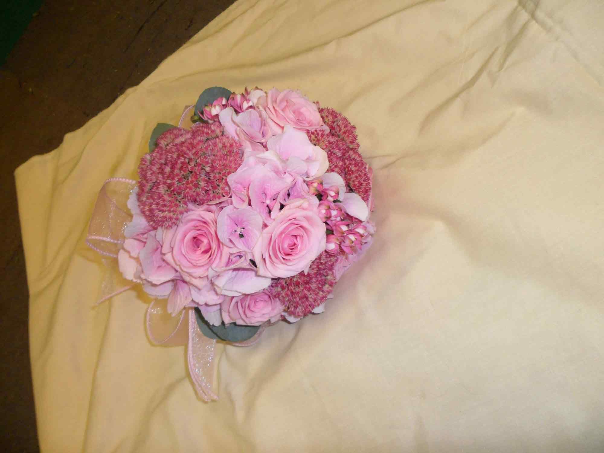rosebuds_florists_bridal_pink_flowers