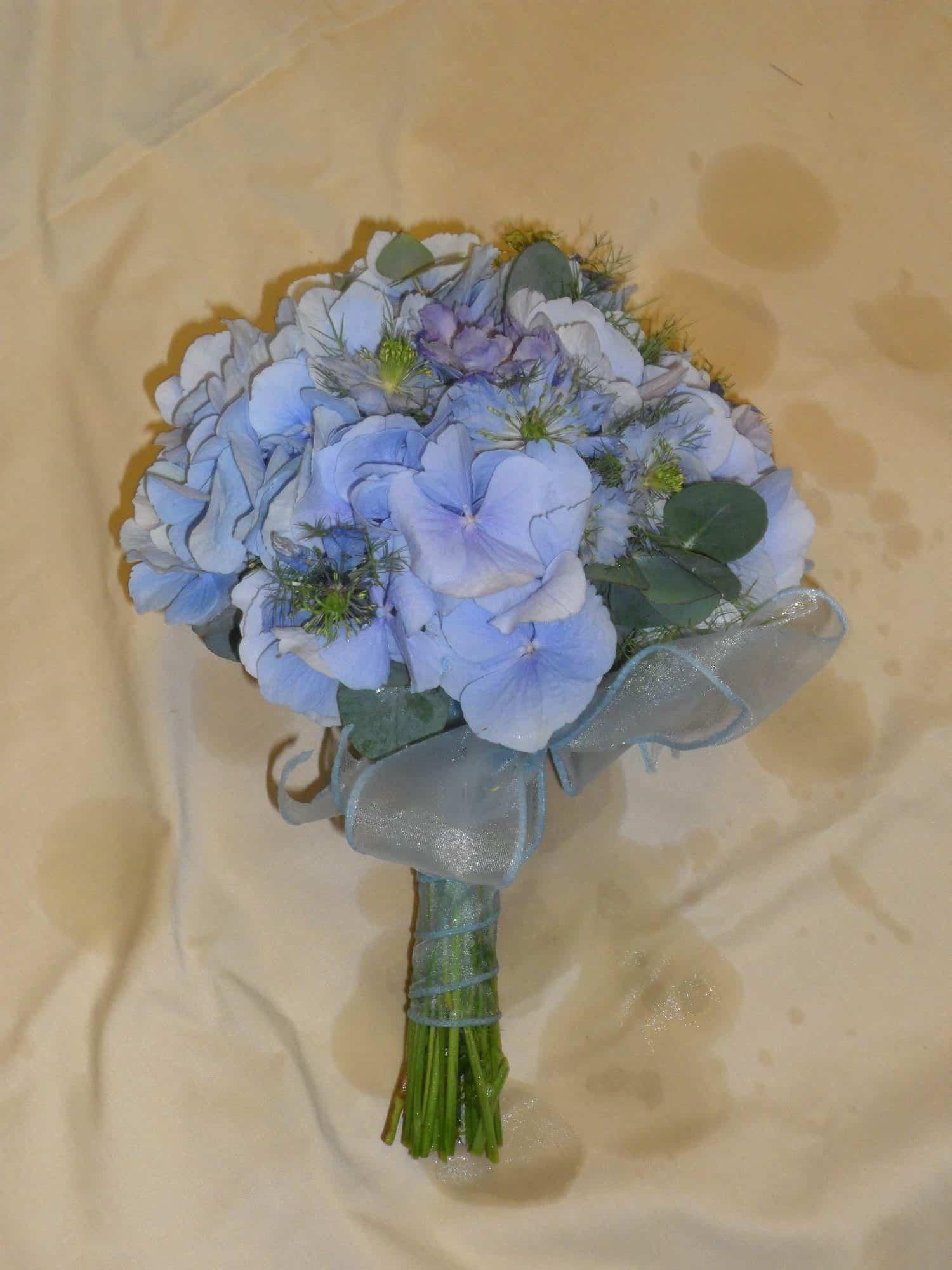 rosebuds_florists_floral_blue